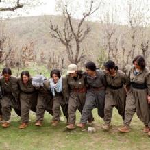 mulheres-combatentes-do-curdistao-1413332845600-crop_social