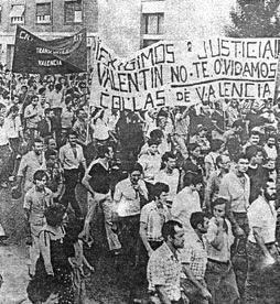 Manifestación polas ruas de Valencia en memoria do compañeiro